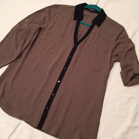 Express Tops - Ladies Express long sleeve blouse, wonderful cond.